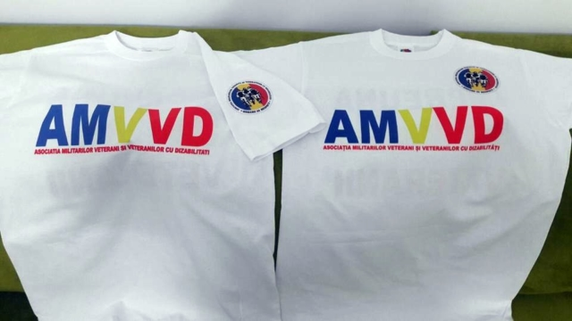 Tricouri personalizate A.M.V.V.D.