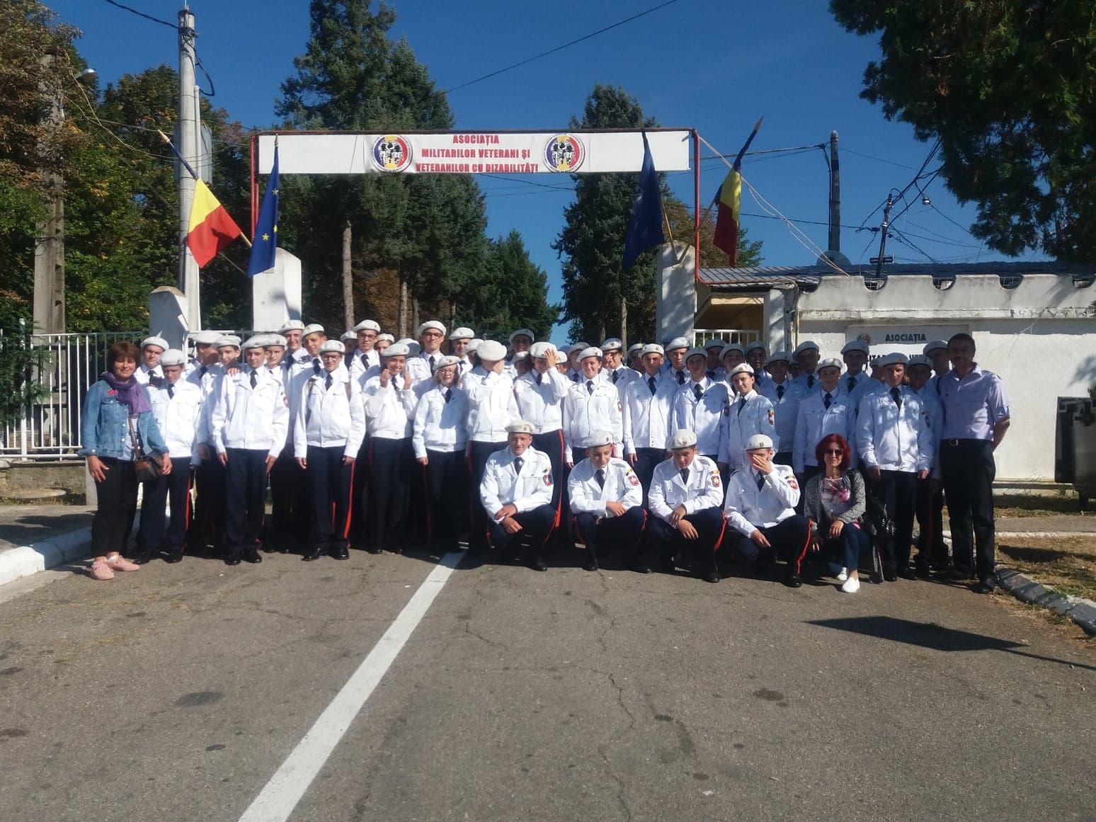 Viitorii militari ai Armatei României, în vizită la Centrul de Recuperare, Refacere și Reabilitare al AMVVD de la Târgoviște